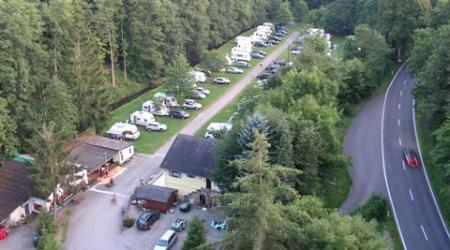 right next to the autoroute to France Camping Mamer Luxembourg