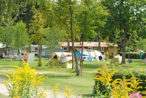 camp or rent a holiday home on Camping Auf Kengert Larochette Luxemburg