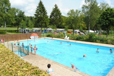 swimmingpool on Camping Auf Kengert Larochette Luxemburg