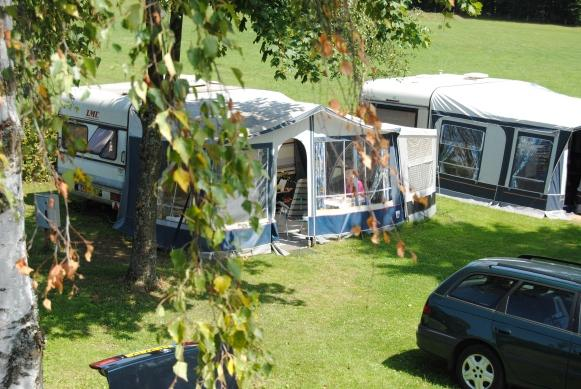 camp with your caravan on Camping Auf Kengert Larochette Luxemburg