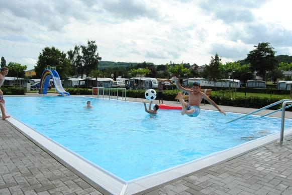 swimmingpool Camping du Barrage Rosport Luxembourg