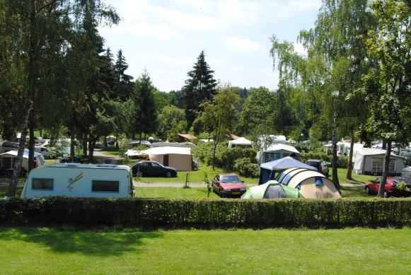 sunny and shady pitches on Camping Auf Kengert Larochette Luxemburg