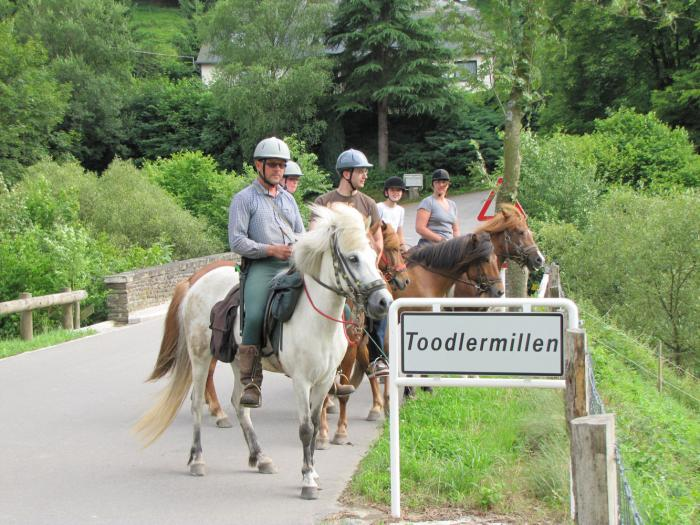 excursions with horses from Camping Toodlermillen Tadler Luxembourg
