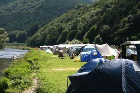 Camping Um Gritt Bourscheid Moulin Luxembourg at the banks of the river Sûre