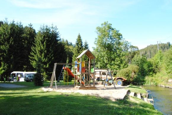 aire de jeux Camping Woltzdal Maulusmuhle Luxembourg